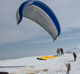 Snow Trekking and Paragliding‎